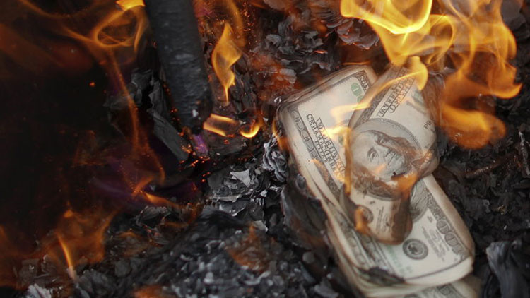 Para Mr. Washington y Dondald Trump, que lo miran por TV: Rusia y China juntitas, juntitas, y contra el dólar