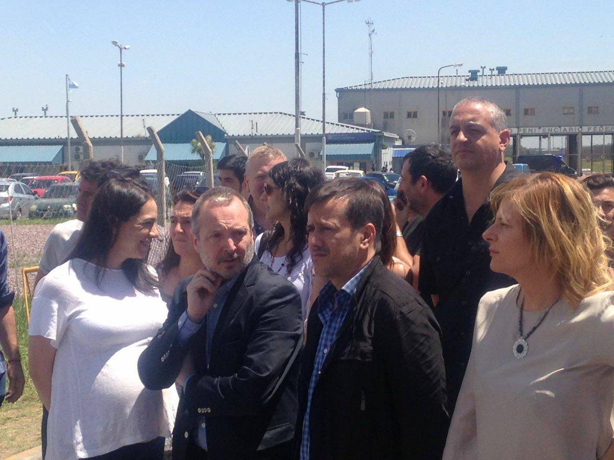 Florencia Saintout se hizo presente ante la cárcel de Ezeiza para solidarizarse con Amado Boudou