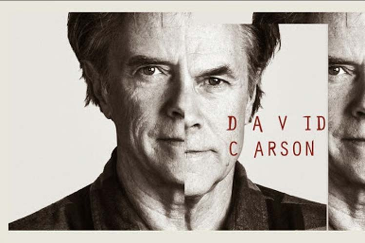David Carson, invitado de lujo a la Bienal del Cartel en Bolivia