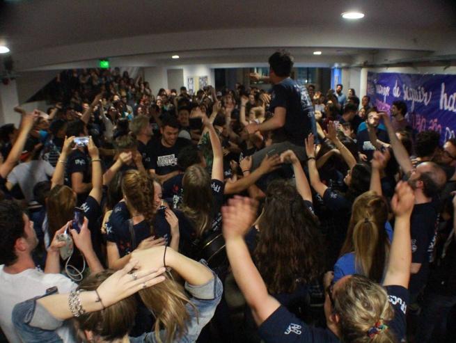 La agrupación Rodolfo Walsh arrasó en las elecciones universitarias: en Periodismo UNLP ganó el Centro y los cinco consejeros