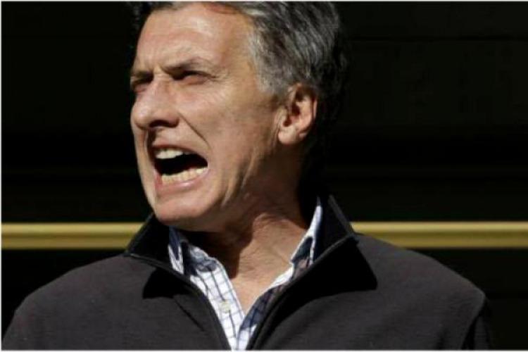 """Las tarifas de """"Cara de piedra"""" Macri, o a pagar y pagar así las empresas siguen ganando"""