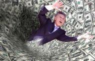 Camino al desastre: 84 de cada 100 dólares de la deuda tomada durante el macrismo financiaron la fuga de capitales