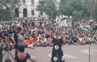 """""""El de Vidal es un poder macho, cagón y autoritario"""", dijo Saintout al encabezar una asamblea de mujeres"""