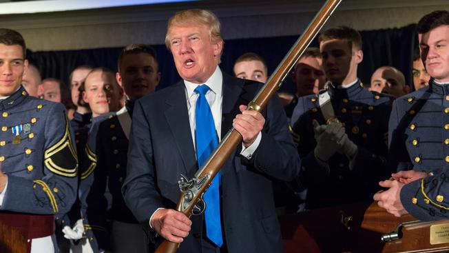 Trump pide 716 mil millones más de presupuesto militar porque prevé guerras con China y Rusia