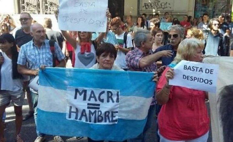 Para la mayoría de los argentinos, la inflación, la corrupción y el desempleo son los principales problemas que afectan al país