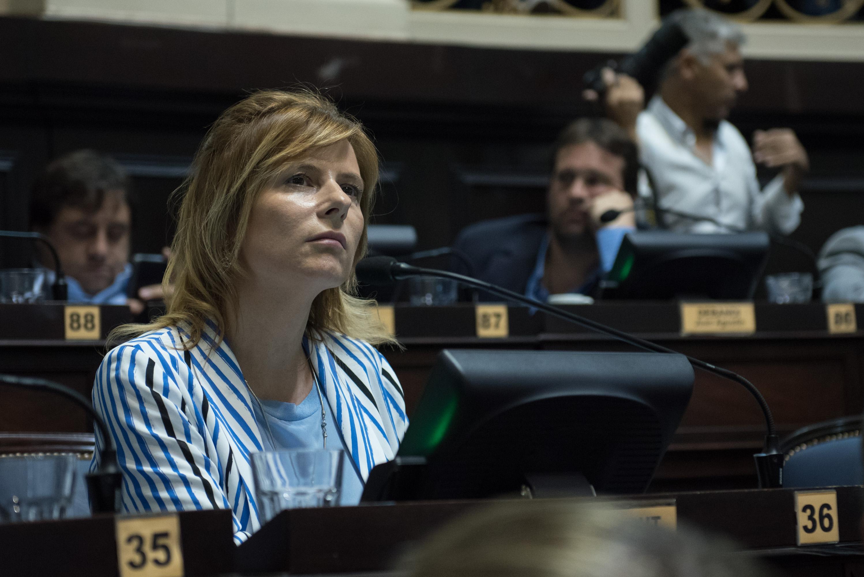 """Florencia Saintout: """"Vidal es Macri y Macri es Vidal. Y están haciendo las cosas mal. Mal para las mayorías"""""""