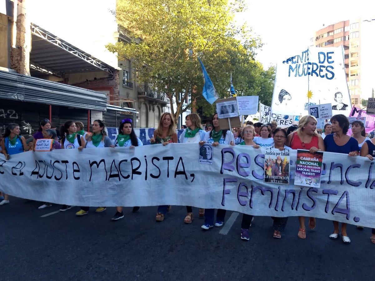 Una multitud de 500 mil personas se movilizó a Plazo de Mayo y Congreso en la jornada de lucha feminista del 8M