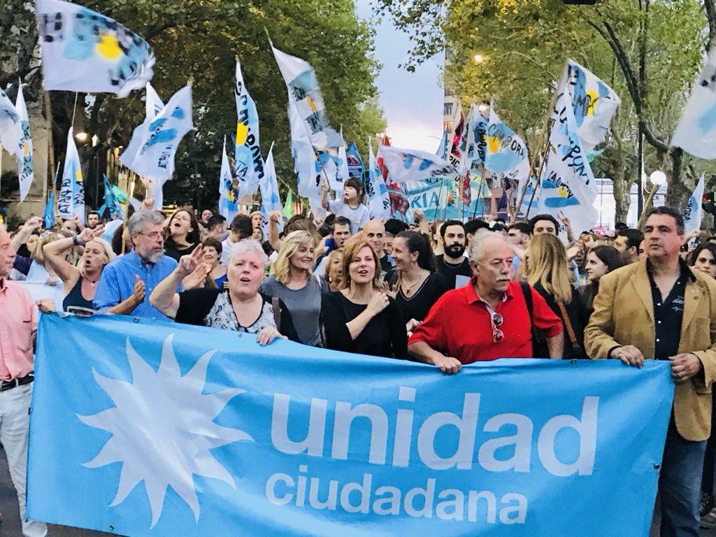"""Saintout: """"Marchamos en La Plata con los 30.000 compañeros desaparecidos en el corazón y la memoria"""""""