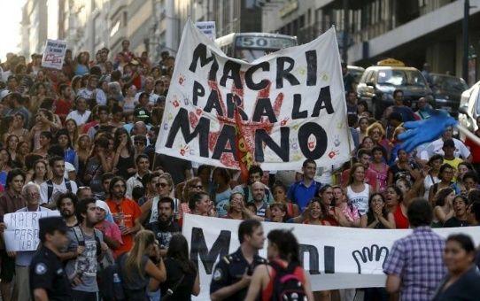 Un frente de trabajadores en lucha o sindicatos colaboracionistas con Macri