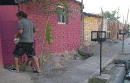 La Resistencia del Pejerrey: Un tacho de pintura separa al mendocino Suarez de Bussi, el genocida de Tucumán