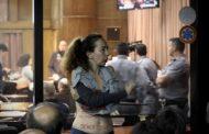 La Resistencia del Pejerrey: Sí, por qué no, con letras sobre nuestros cuerpos para reclamar justicia