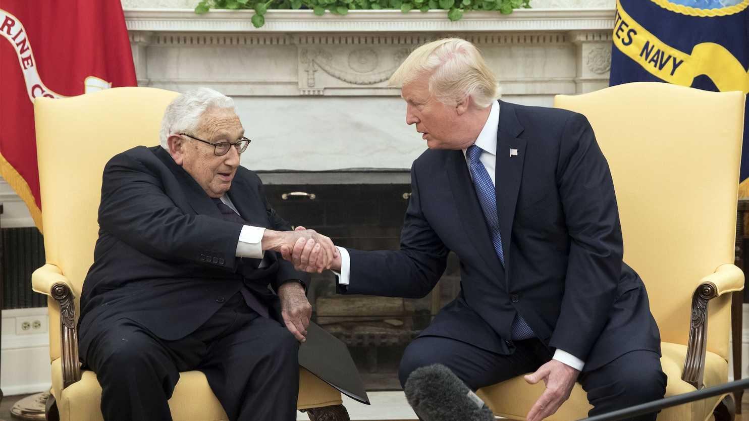 """Lo dice un ex de la CIA: como Nixon y Kissinger, Trump apela a la teoría de los """"usos políticos de la locura"""""""