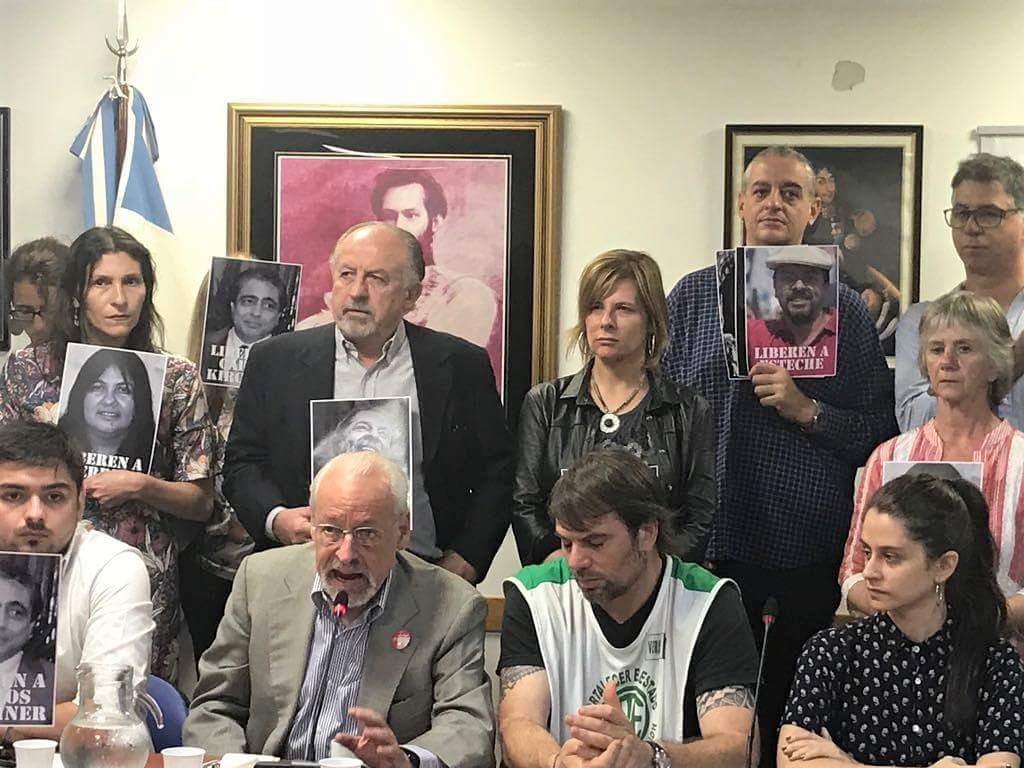 """Saintout apuntó contra los gobiernos de Macri y Vidal: """"no hay democracia con presos políticos"""""""
