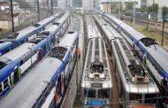 Los ferroviarios franceses se mantienen en pie de lucha contra el Macrón, como Macri pero con acento en la O