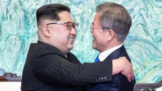 """Entre coreanos: """"Ahora usted vino al lado Sur, ¿cuándo puedo ir yo al Norte?""""… """"Podemos ir ahora"""""""