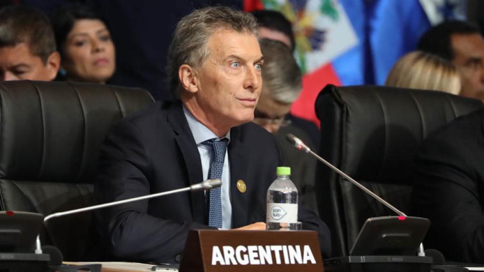 Como se temía y adelantó esta agencia, Macri rapidito para los mandados, apoyo ataques de Trump a Siria