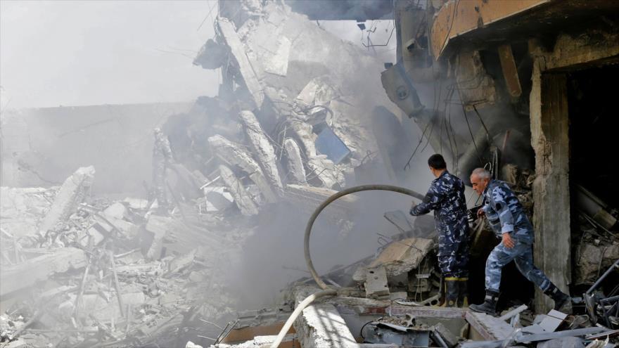 Washington bombardeó un centro que producía fármacos anticáncer y Siria promete que responderá contra bases de EE.UU.
