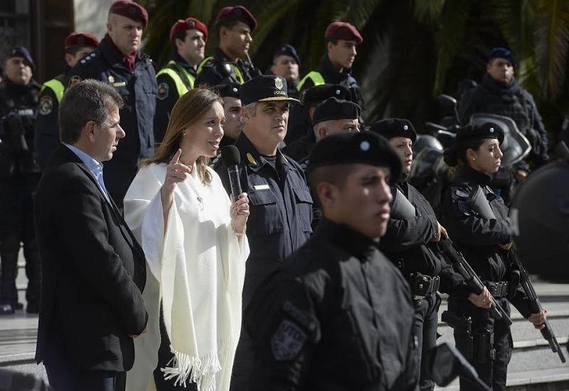 Cambiemos opta por la represión como estrategia para que Vidal controle un provincia en crisis económica y social
