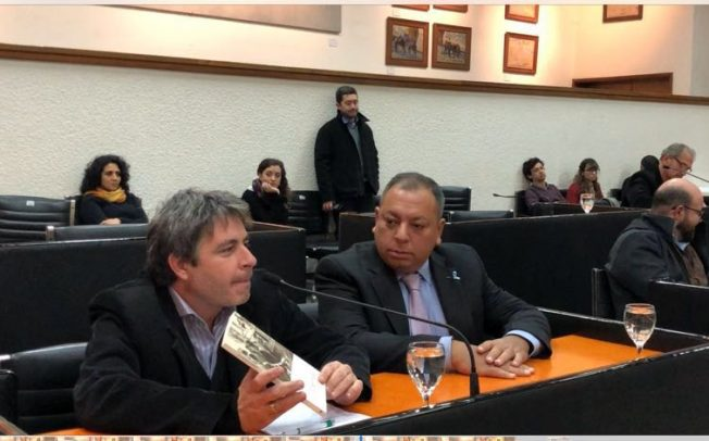 """El kirchnerismo de Mendoza rindió homenaje a los muertos del 16 de junio del '55 con una cita de la novela """"El Derrocado"""""""