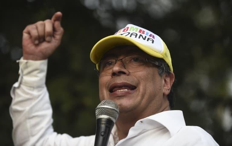 En Colombia: Gustavo Petro con los campesinos, indígenas, mujeres, jóvenes, población LGBTI, y adultos mayores