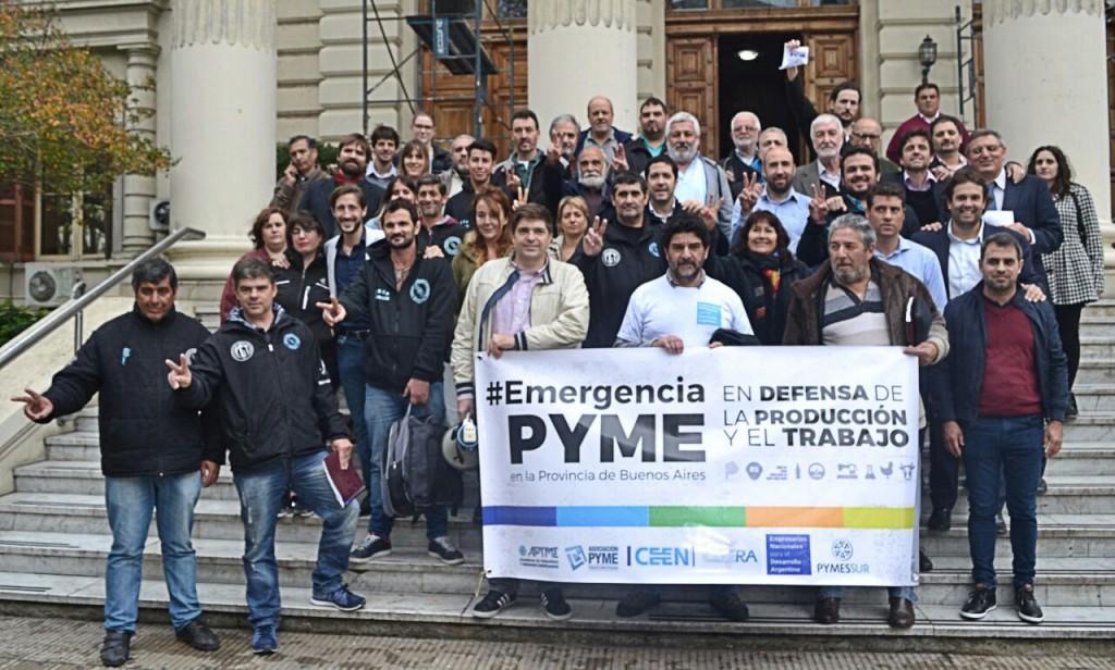 Pymes y bloques de la oposición bonaerense en Diputados piden la emergencia económica en la Provincia