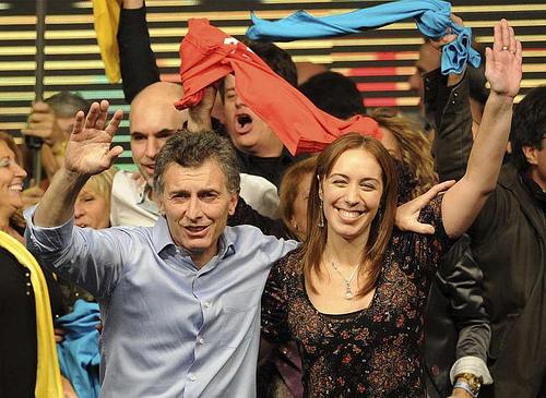 Vidal es Macri y es Cambiemos: ajuste, quitas salariales y despidos en una Provincia sumergida en deudas