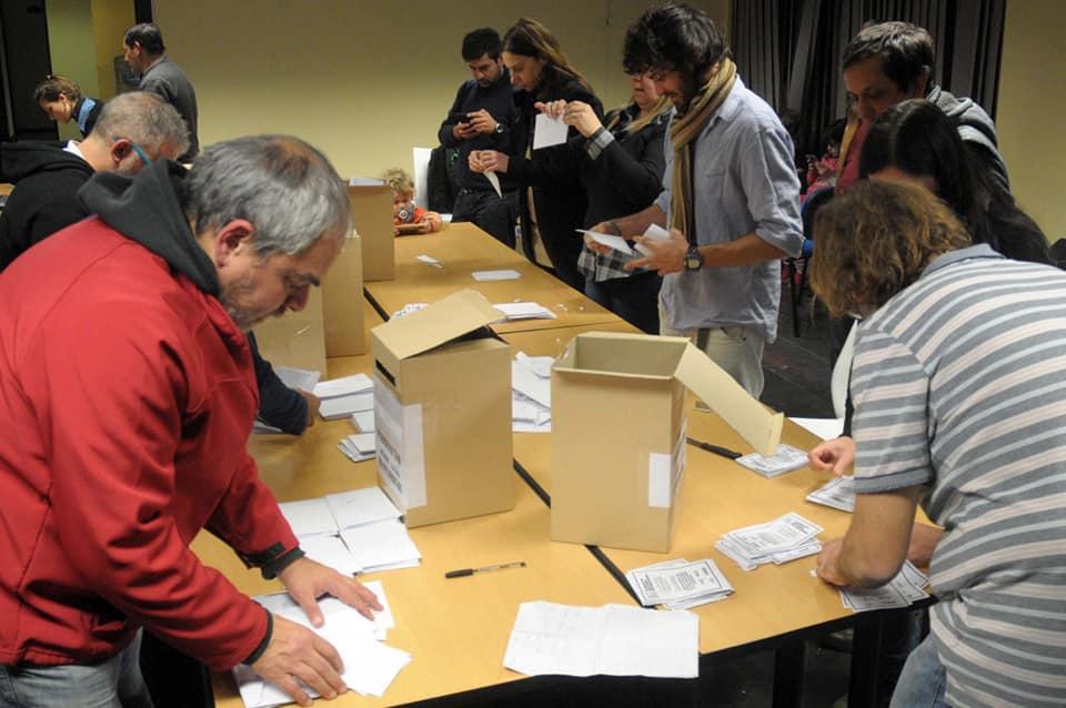 En plebiscito, los docentes de la UNLP decidieron no iniciar las clases del segundo cuatrimestre