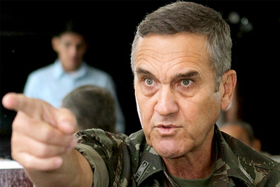 El jefe del Ejército brasileño admitió la posibilidad de un golpe militar a tres meses de las anunciadas elecciones
