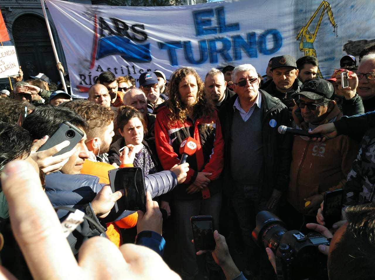 Contra las balas de Macri y Vidal, paro y movilización de la clase trabajadora: estatales y docentes a la huelga