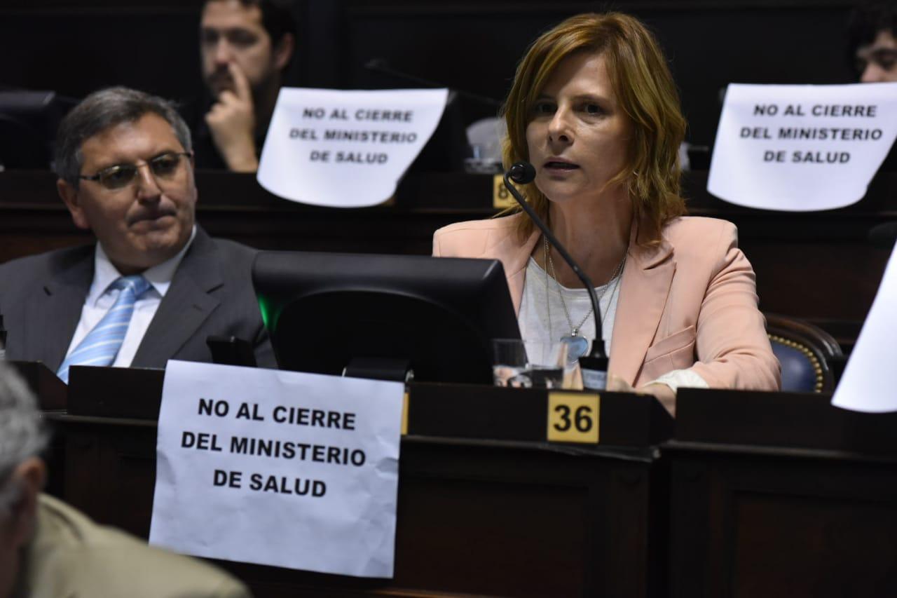 """Florencia Saintout: """"Este gobierno del hambre destruye la educación pública"""""""