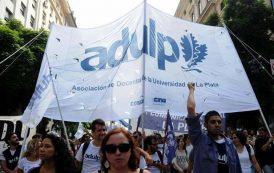 Los docentes de la UNLP pararán por 36 horas desde el lunes y marchan contra el ajuste de Macri