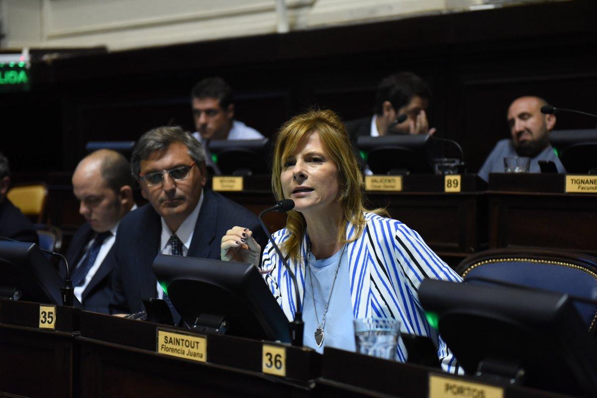 """""""El abandono edilicio tuvo trágicas consecuencias"""", subrayó Florencia Saintout"""