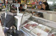 Casi la mitad de habitantes de la Capital Federal y el Conurbano redujeron en un 50 por ciento sus consumos de alimentos