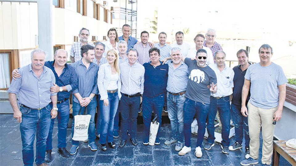 Los intendentes que se organizan contra los tarifazos de Vidal