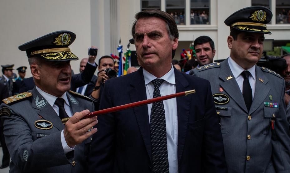 Los 100 días de Bolsonaro, el poder militar, EEUU y el retorno al parlamentarismo
