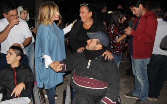 """""""Hay otro camino"""" plantea Florencia Saintout, quien sale a recorrer La Plata y propone terminar con la pesadilla Cambiemos"""