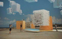 Cuando dos trenes conversan entre sí y el arte que toma por asalto las calles y plazas de Cuba