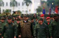 Tras el fallido golpe, Estados Unidos incrementa amenazas e intenta dividir al chavismo