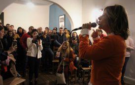 """En campaña, Florencia Saintout y Archanco inauguraron en La Plata el centro político """"Sean eternos"""""""