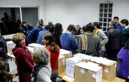 La Lista Azul reventó las urnas a golpe de votos en las elecciones entre docentes de la UNLP