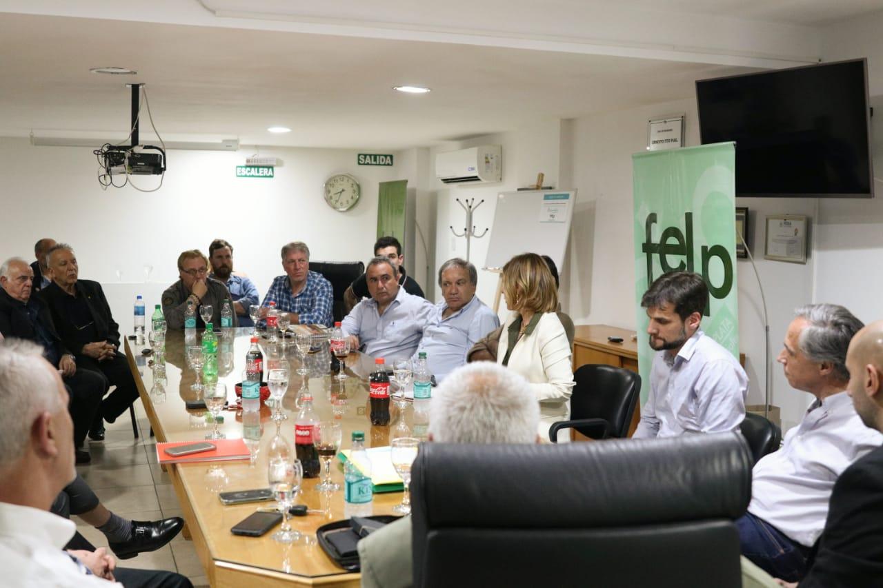 En la larga marcha hacia la intendencia, Saintout también debate proyectos con los empresarios de La Plata