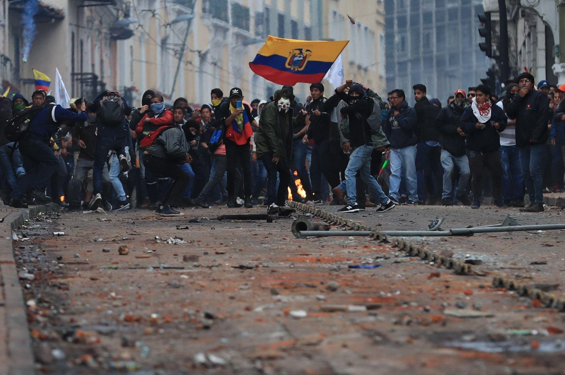 Quito: guerra de clases en las calles