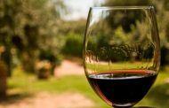 In vino veritas y salvemos al Malbec del cianuro