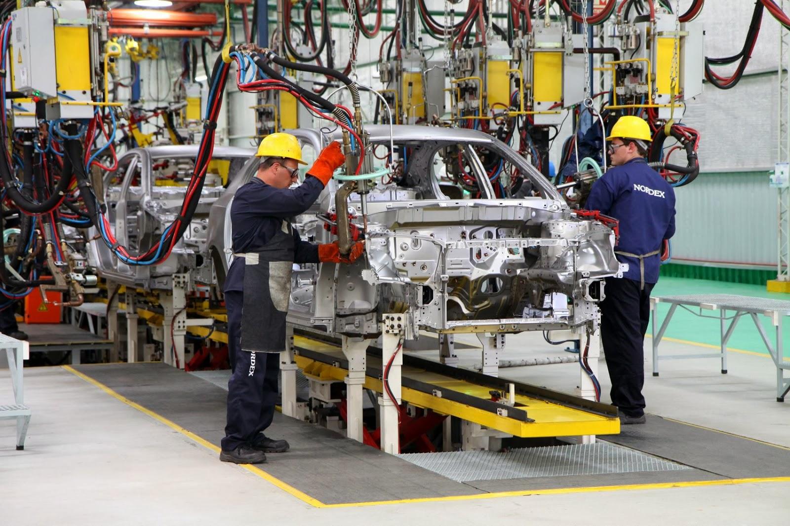 Flexibilización industrial: Más de 600 fábricas de todo el país volverán a producir