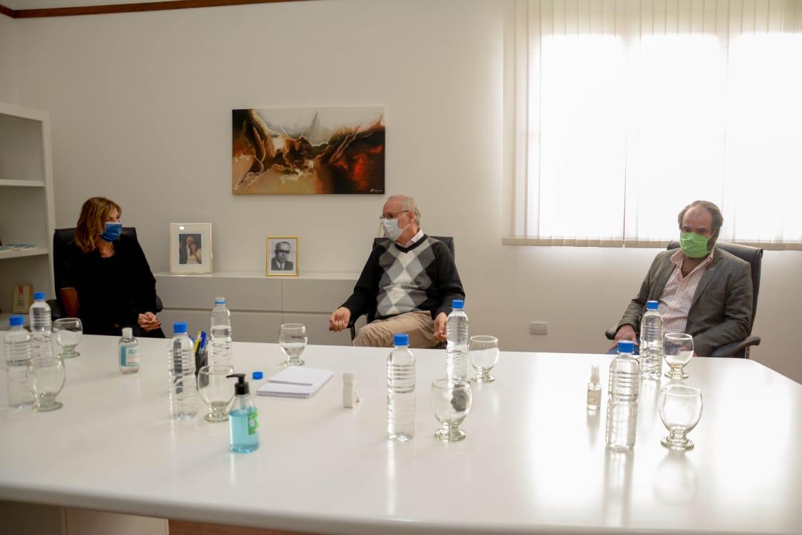 La UNLP y Salud de Provincia firmaron un convenio para sumar voluntarios ante la pandemia