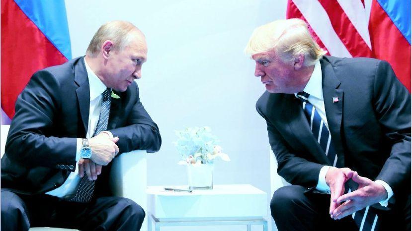 Producciones COVID 19 presenta: La vacuna o Putin versus Trump