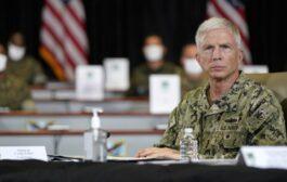 El jefe del Comando Sur del Pentágono en el faro del fin del mundo