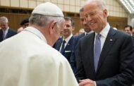 Sucede en Estados Unidos: Los obispos católicos no quieren darle la comunión al católico Biden