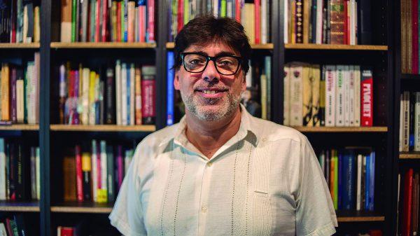 """""""Hacer la política de lo necesario"""", dice alcalde comunista chileno  y primero en las encuestas para las presidenciales"""