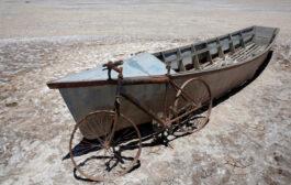 ¿Pensando el futuro?…El segundo lago más grande de Bolivia se convierte en un desierto